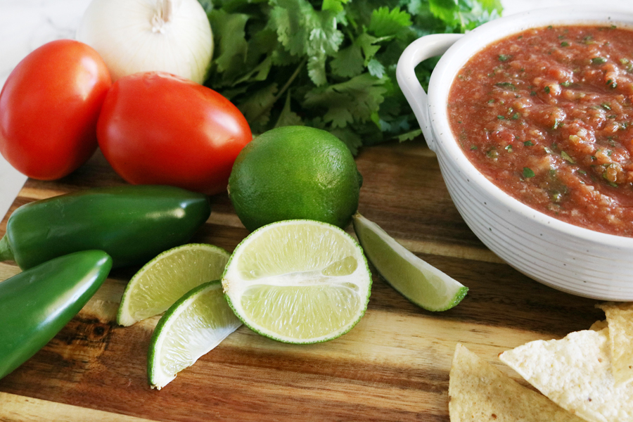 Easy Restaurant Style Salsa Recipe