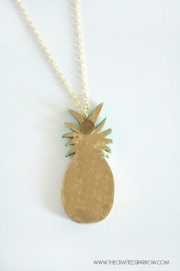 DIY-Pineapple-Necklace