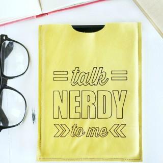 DIY Geek Chic Leather Tablet Sleeve