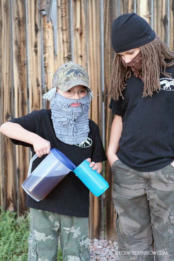 DIY Duck Dynasty Costumes & DIY Duck Dynasty Costumes - The Crafted Sparrow