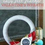 Easy Felt Feather Valentine's Wreath