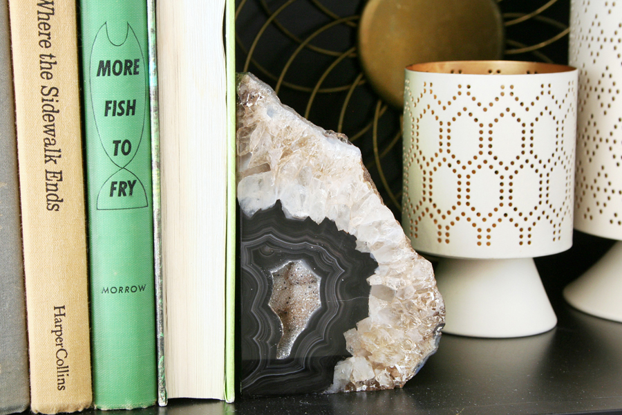 Helpful Tips for Styling Bookshelves