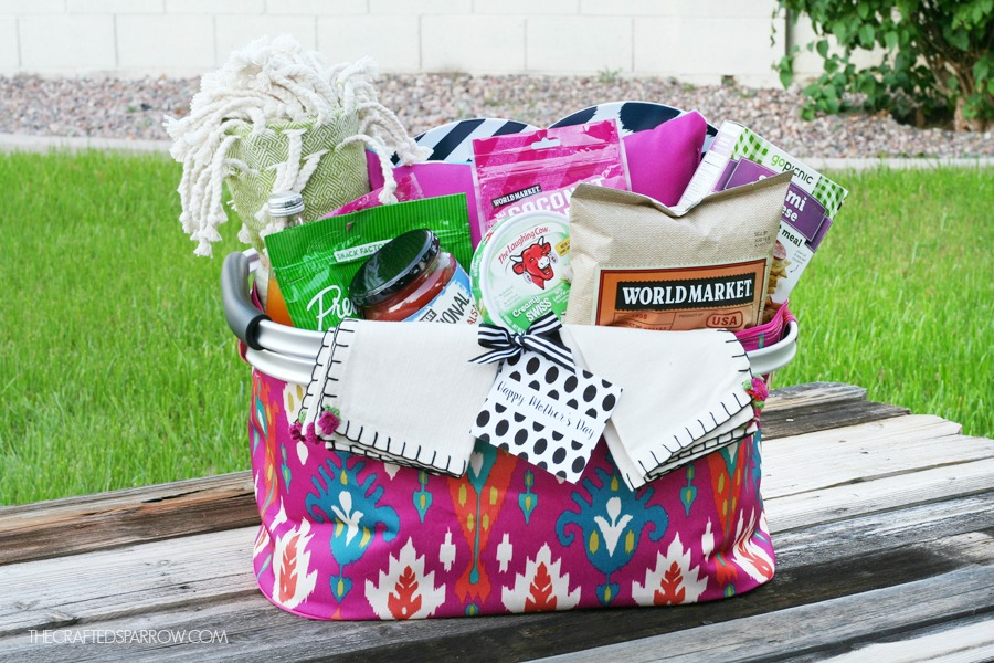 Motheru0027s Day Picnic Gift Basket Idea  sc 1 st  The Crafted Sparrow & Picnic Basket Gift Basket 4 - The Crafted Sparrow