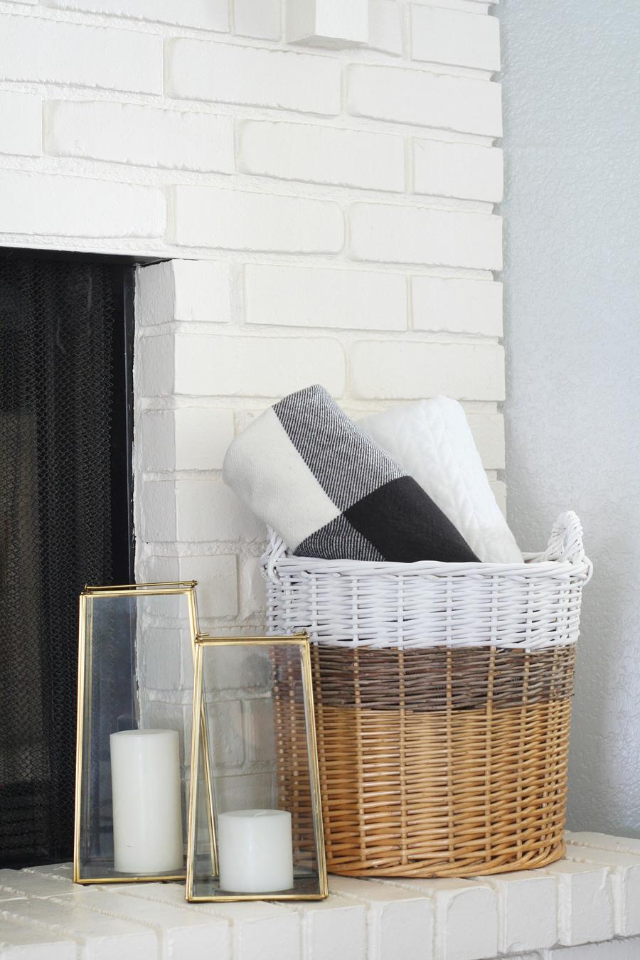 Black & White Mantel Decor 21