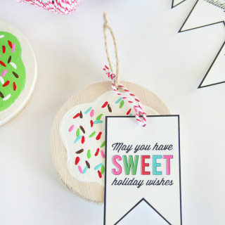 Painted Cookie Ornaments & Free Printable Sweet Treat Tags