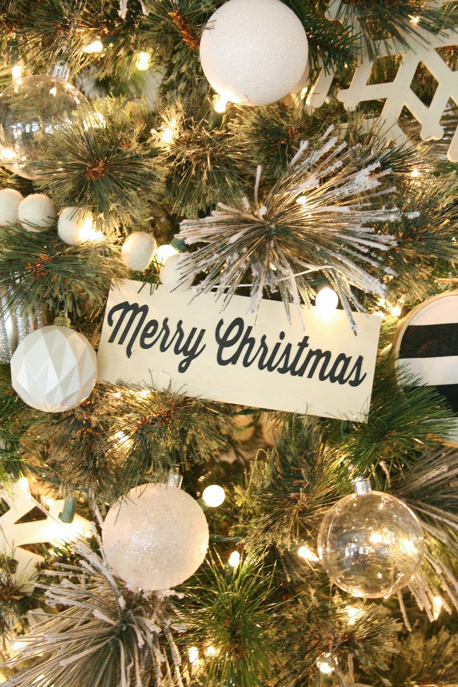 Black & Tree Christmas Tree Decor