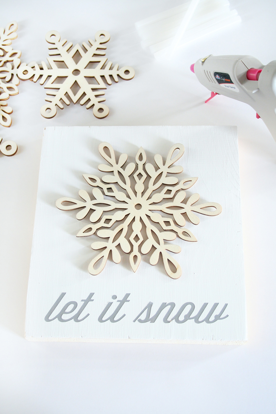 DIY Snowflake Winter Decor