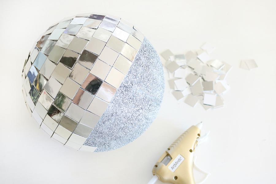 DIY New Years Eve Mirror Ball Decor