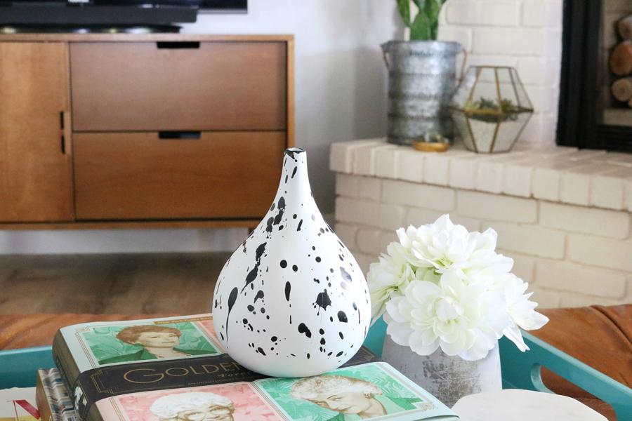 Family Room Refresh - DIY Splatter Vase