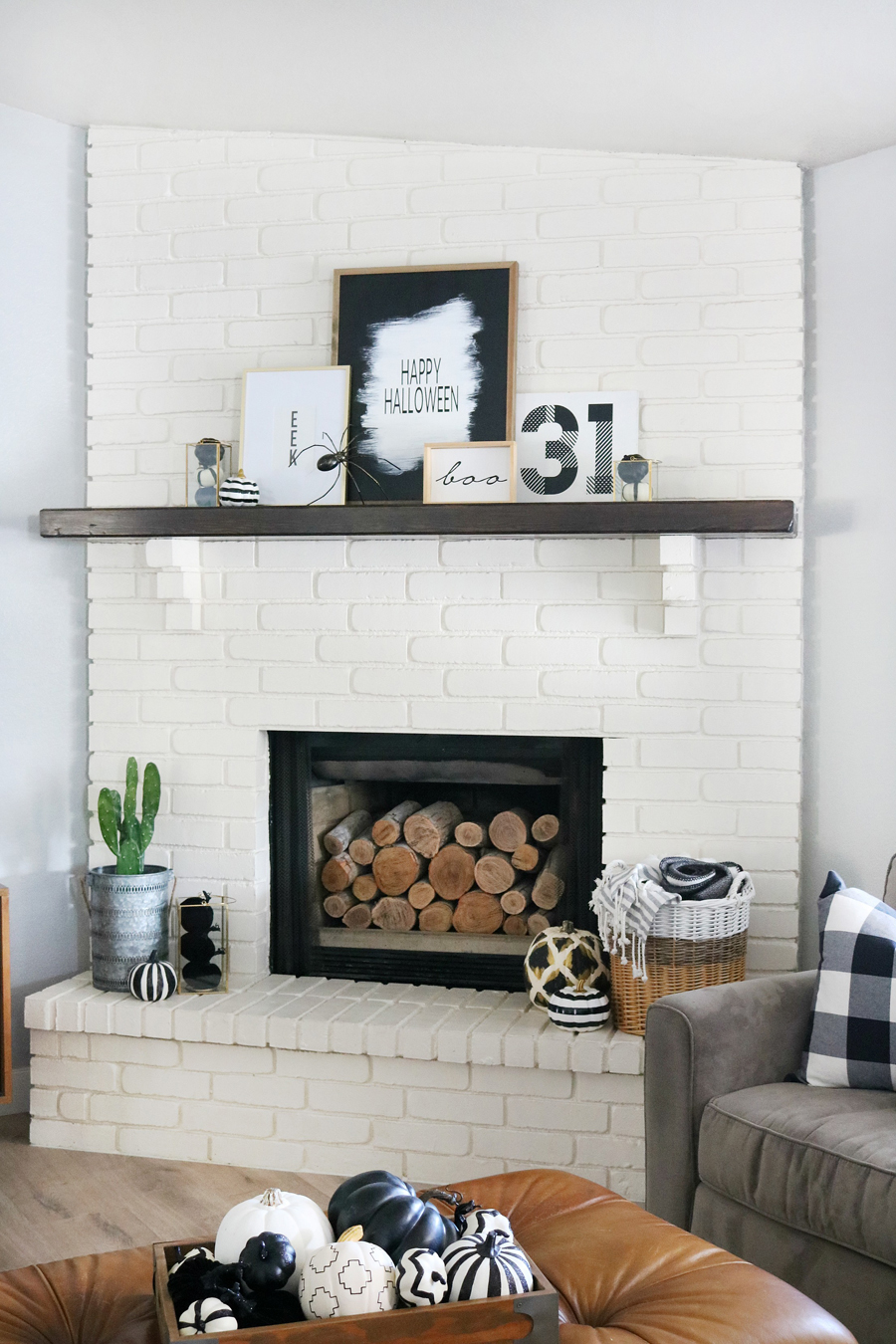 Simple Black & White Halloween Mantel Decor