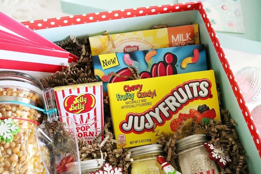 Fun popcorn movie night gift idea with Ball Jars!