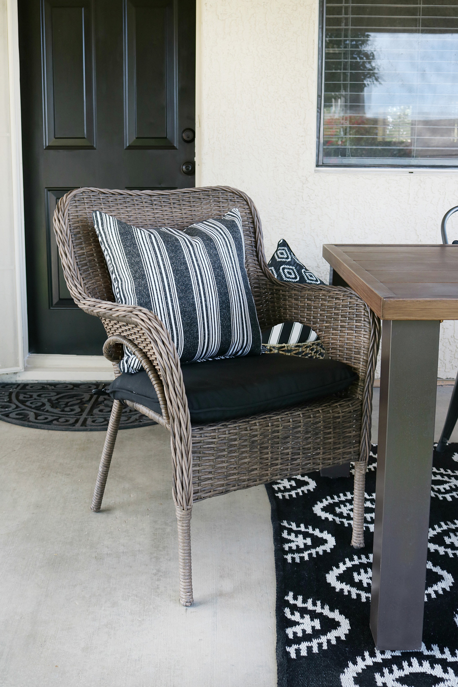 Black & White Modern Farmhouse Patio Decor