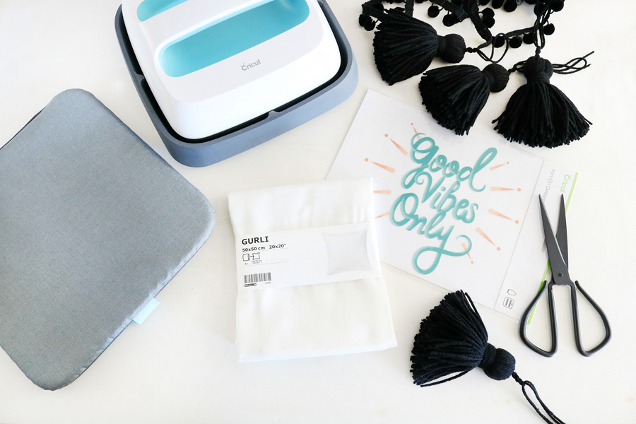 Fun and easy throw pillow supplies, create a pillow in under 15 minutes with the help of Cricut!