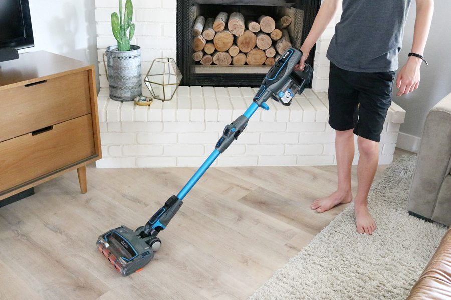 Shark IONFlex Cordless Ultra-Light Vacuum is perfect for hard flooring surfaces!