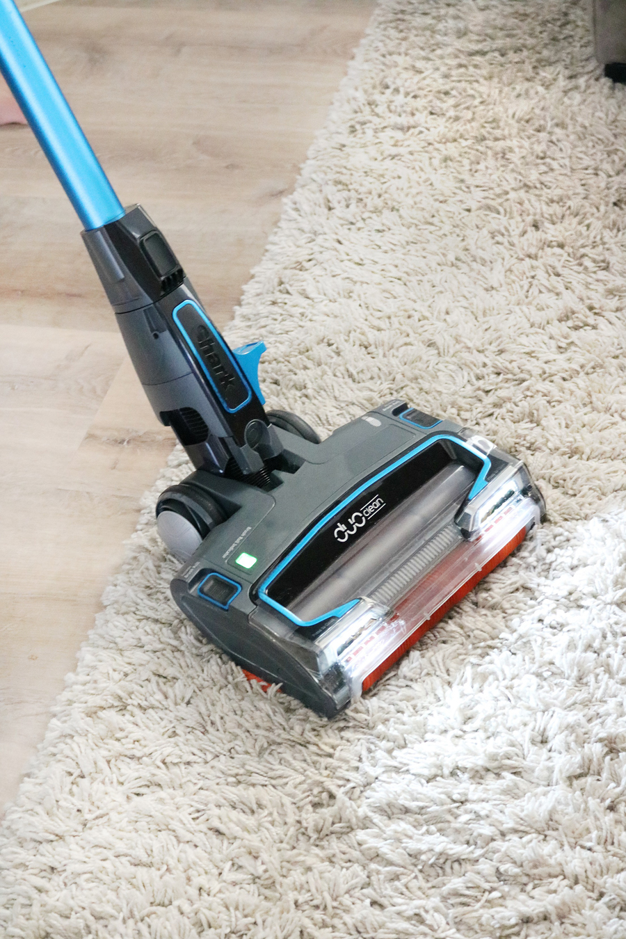 Shark IONFlex Ultra-Light Vacuum
