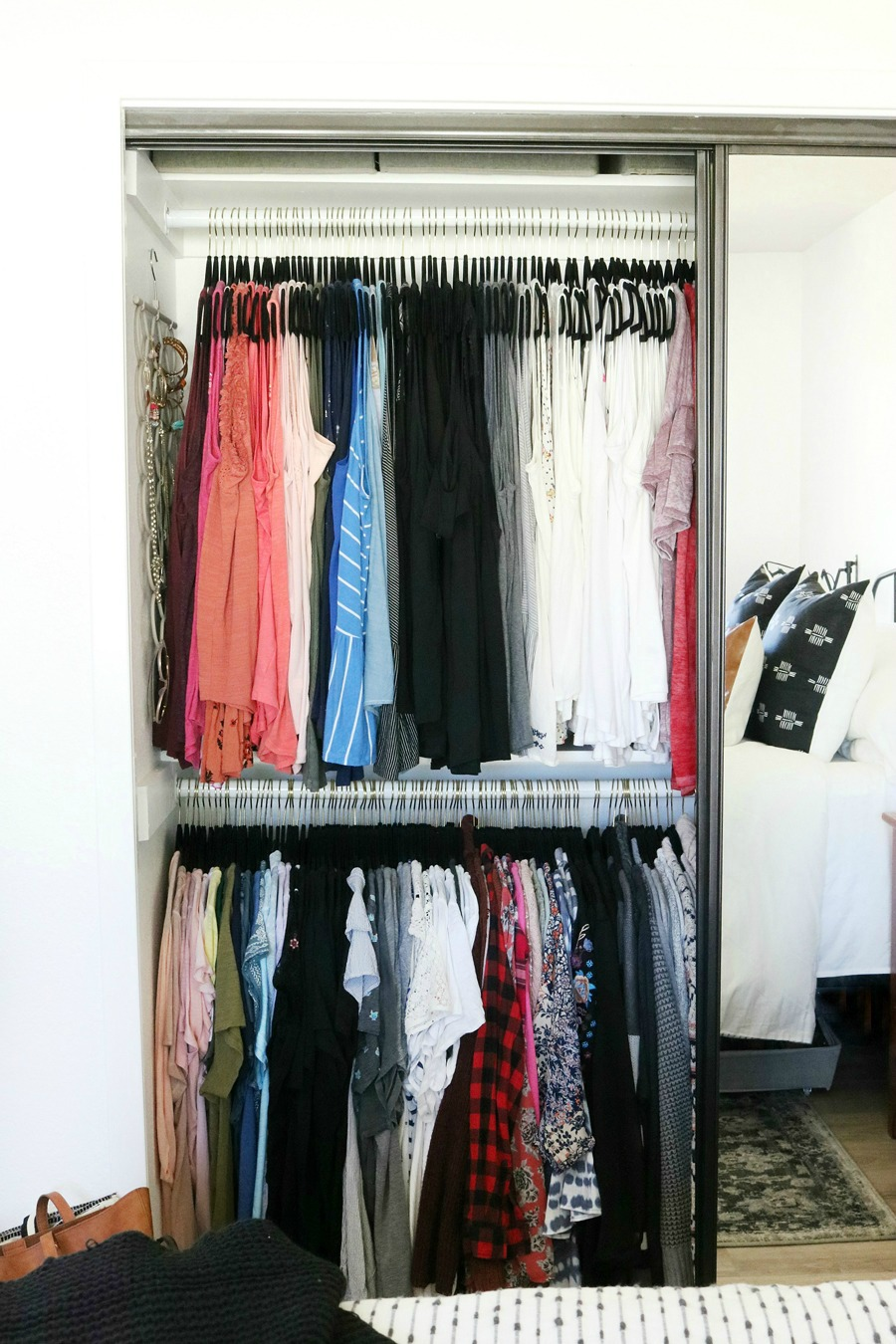 Easy Closet Organization Ideas for Small Spaces