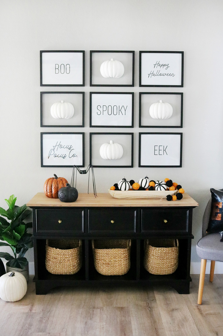Black & White Simple Halloween Pumpkin Gallery Wall and Decor