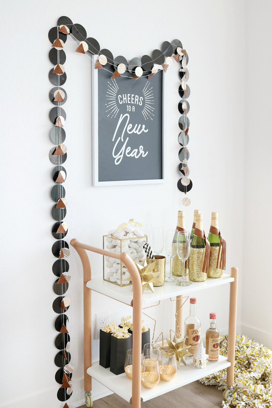 Black & White New Year's Eve Bar Cart Easy Decor Ideas