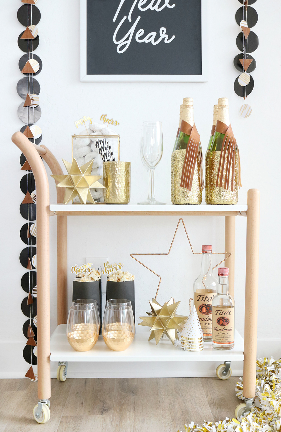 Black White New Year S Eve Bar Cart Ideas