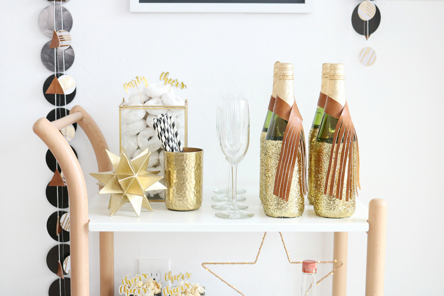 Black & White New Year's Eve Bar Cart Syling Tips