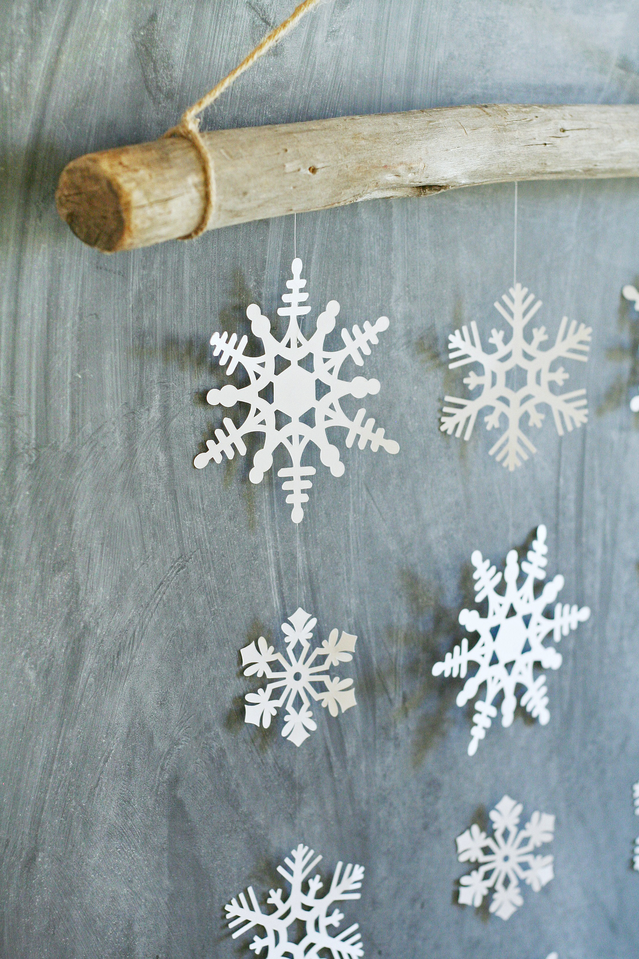 DIY Snowflake Wall Hanging