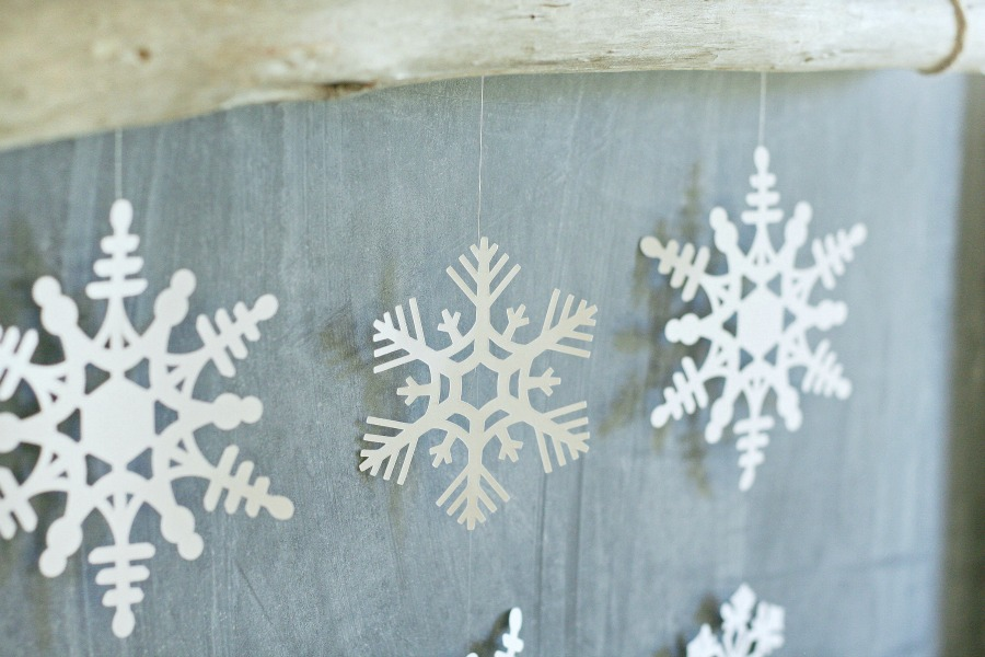 Simple Snowflake Wall Hanging