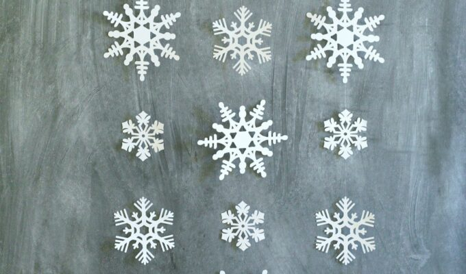 Simple Snowflake Wall Hanging Winter Decor