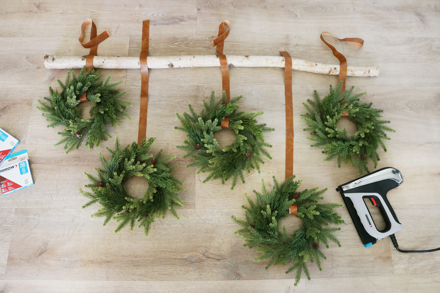 Hang Simple Holiday Wreaths for a Modern Christmas Wall Hanging