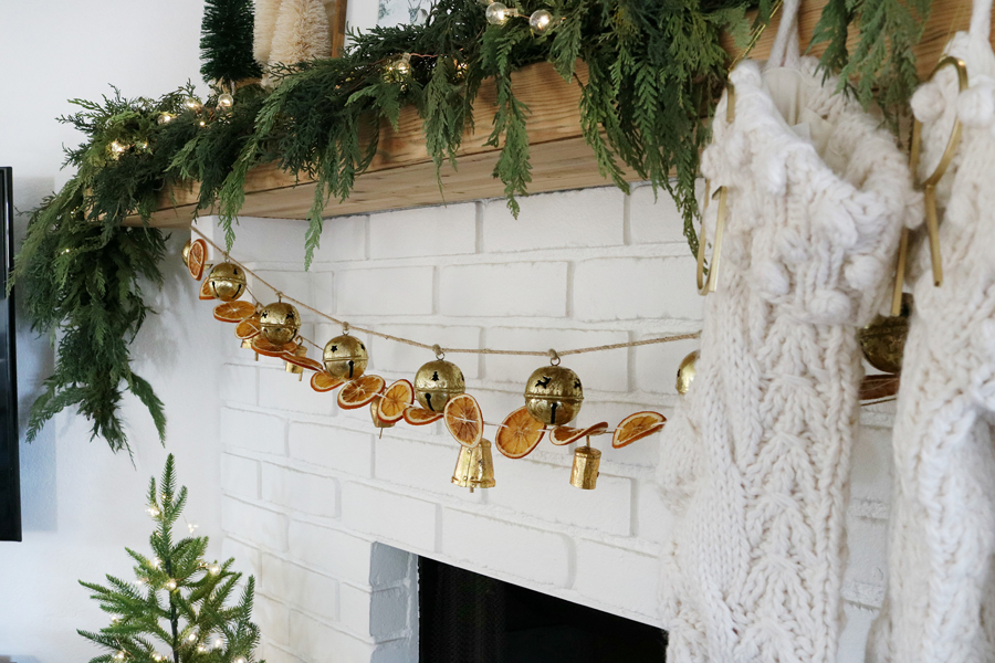 Modern & Cozy Christmas Orange Slice Garland Mixed with Gold Bells